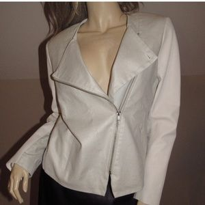 LAMARQUE linen and leather cropped jacket.